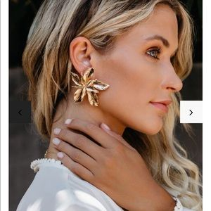 Dripping in gold floral earrings